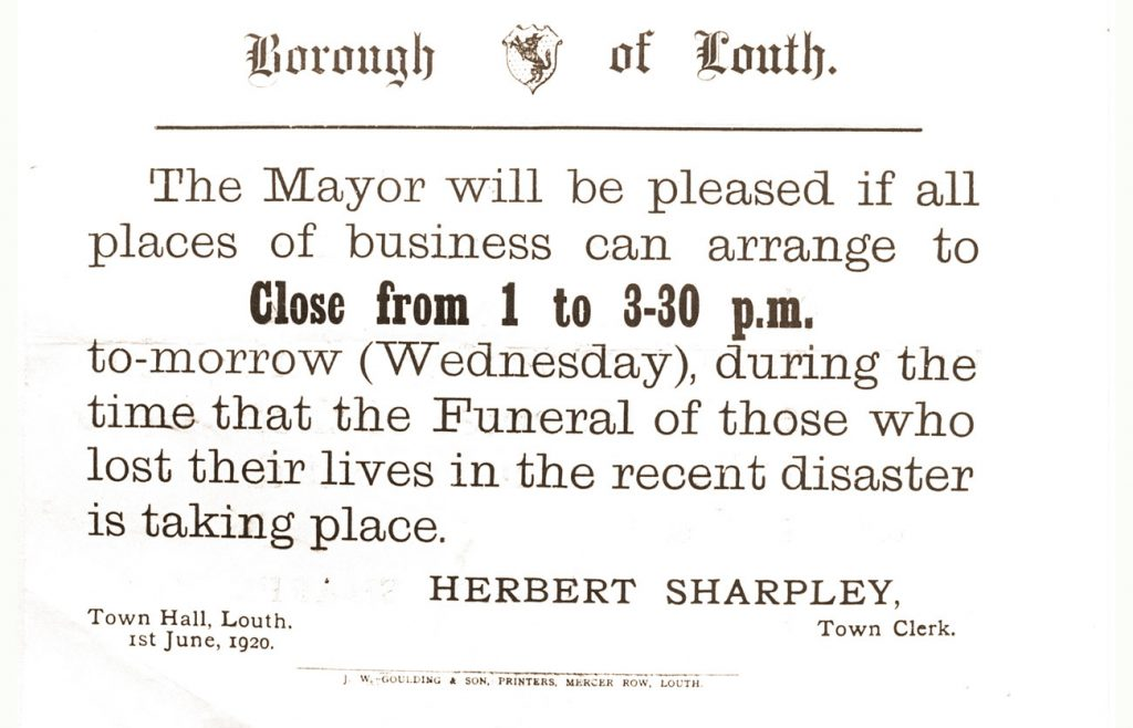Notice from Mayor that businesses to close
