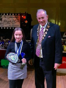 The Mayor presents an award at the Louth Swimming Club awards 2020