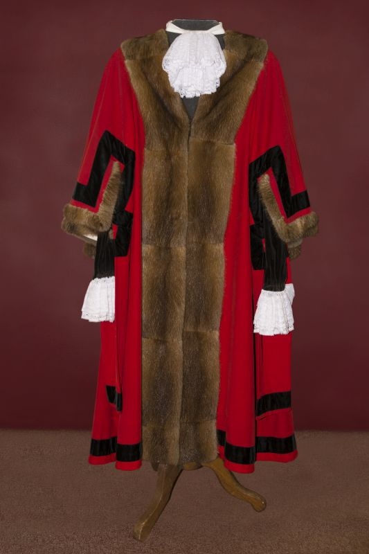 Louth Mayoral Robe © D Hobson